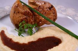 Foie gras sauté à la gelée aux cerises noires